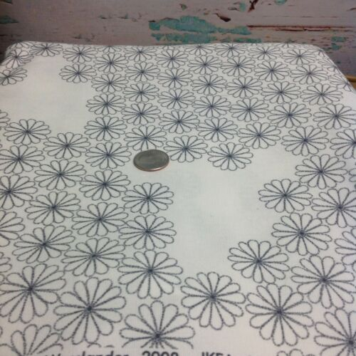 """Ikea Daisy Floral Fabric 1 Yd x 60/"""" White Gray 2008 P Amsell Wesslander Retired"""