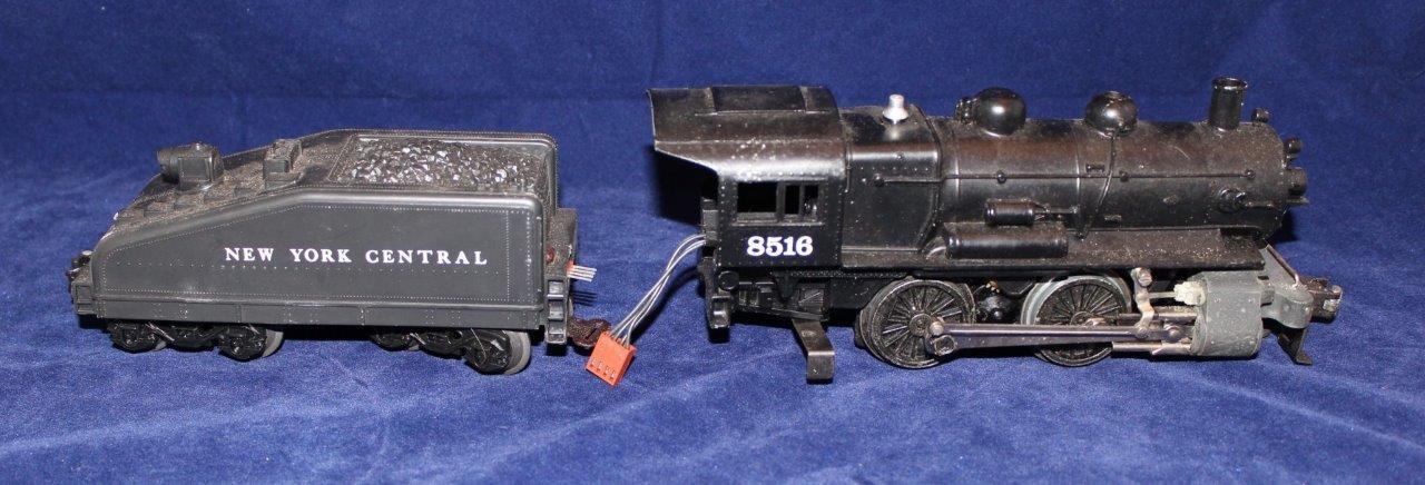 0-27 Gauge Scale Model Train, LIONEL, New York Central Locomotive & Coal Car