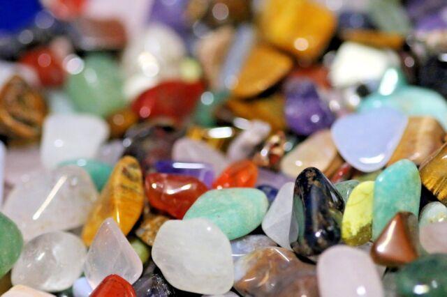 1kg mixed tumbled stones (10 - 20mm) crystal tumblestones gemstone