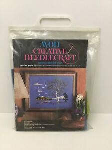 Avon-Creative-Needlecraft-Lakescape-Picture-Crewel-Embroidery-Kit-1972