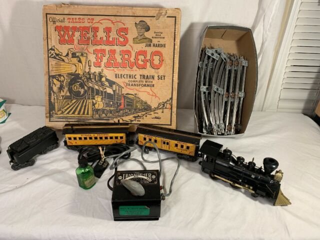Wells Fargo Electric Antigue Train Set 1960's, MODEL 54742 WITH TRACK