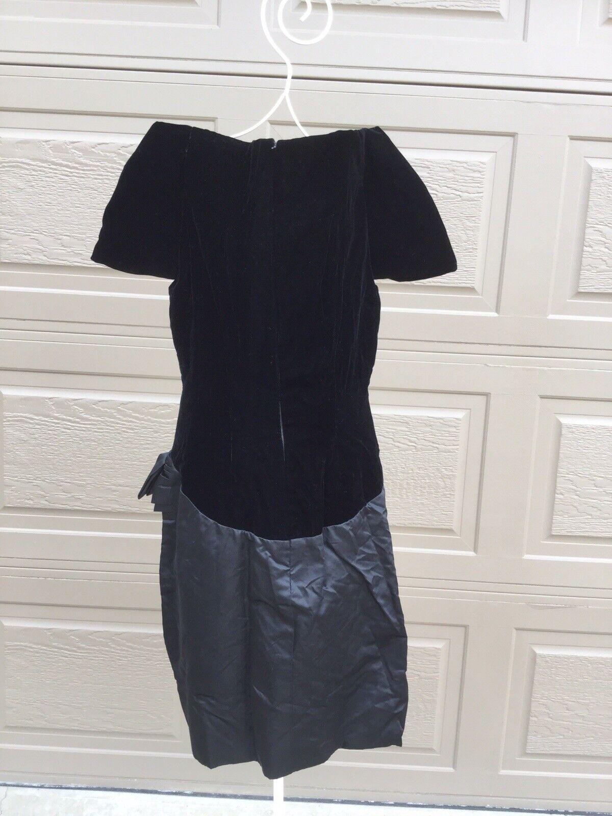 Scaasi Boutique Couture Black Velvet Satin Dress,… - image 6