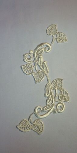5X10 Ivory Leaf Swirl /'S/' Design Applique Lot of 2 pieces