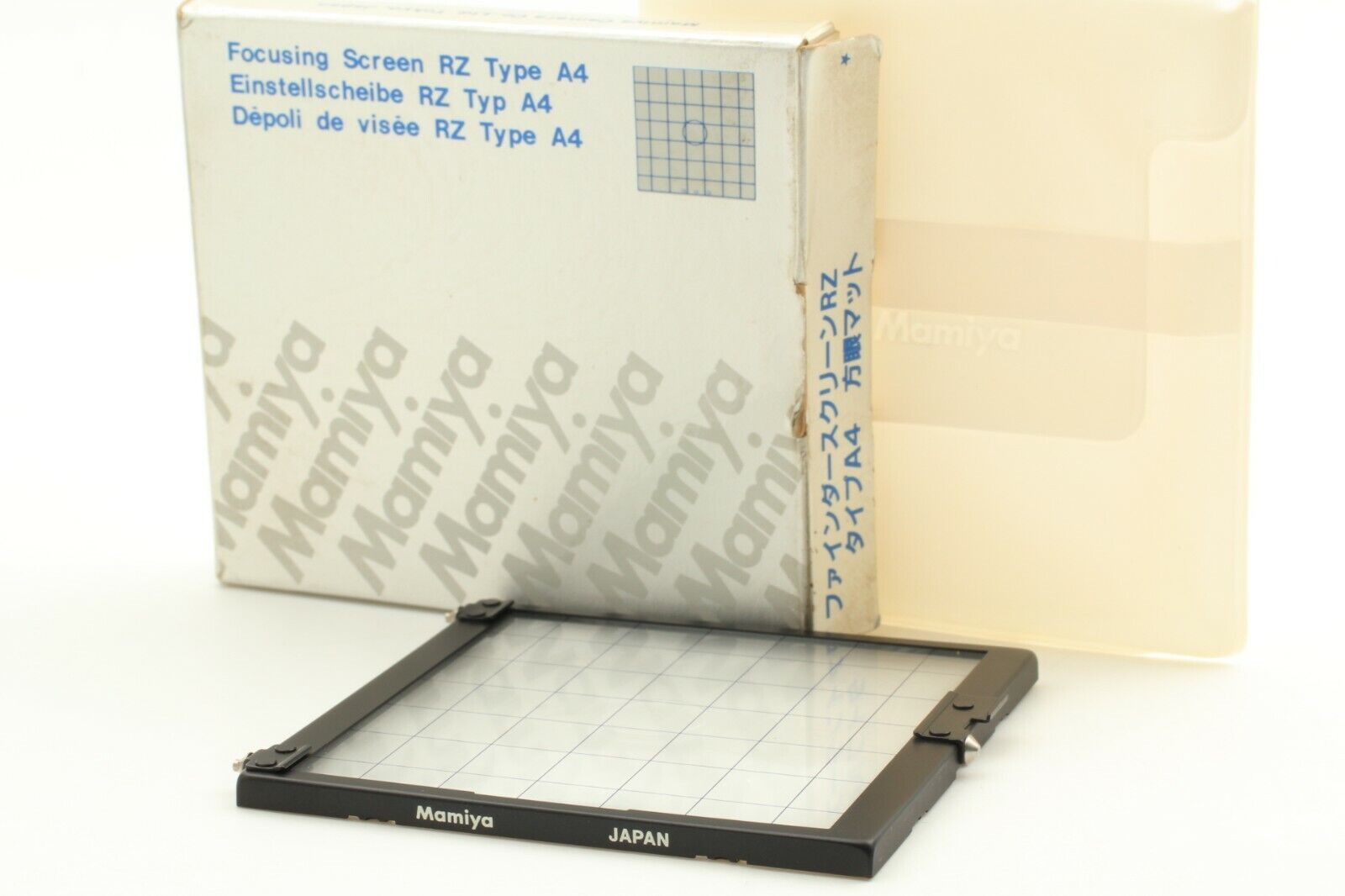 [ Near MINT in Box ] Mamiya Focusing Screen Type A4 For RZ67 Pro II From Japan