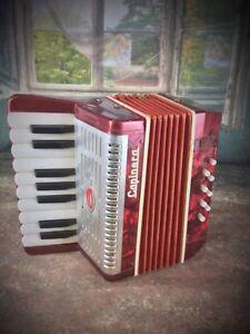 Collection-jouet-ancien-accordeon-Capinera-vintage-1960-70-fonctionne