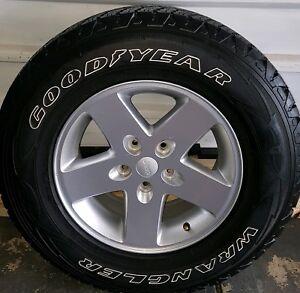 "One 17"" Alloy and Tyre Jeep Wrangler JK 2 or 4 Door Genuine OEM"