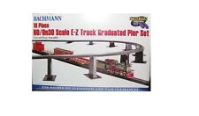 Bachmann 44595 E-Z Track Graduated Pier Set (18 piece) HO Gauge/On30 Scale T48