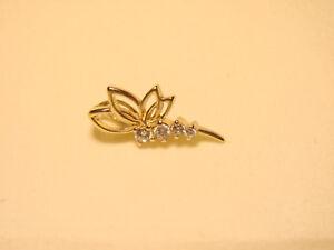 Gold-Anhaenger-mit-funkelnden-Steinen-Libelle-Feingehalt-585-14-Kt-Echtgold