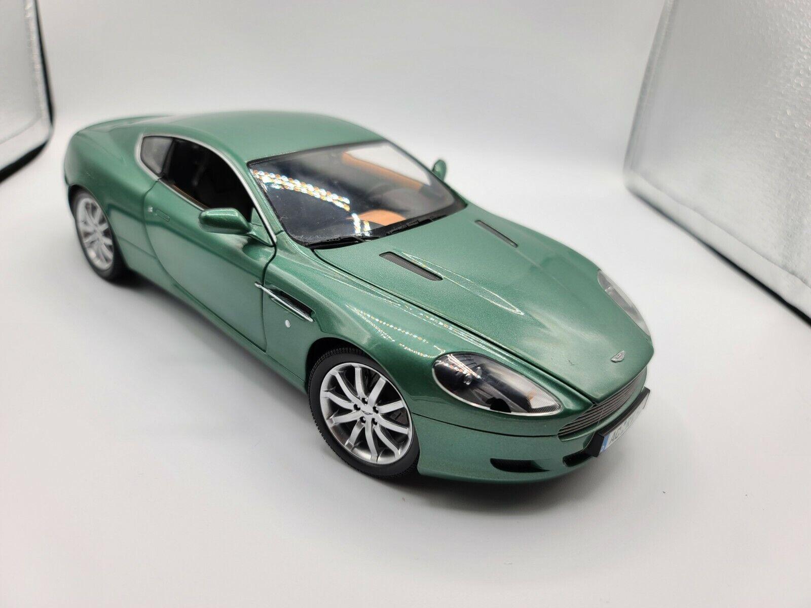 Minichamps Aston Martin Db9 Coupe 2003 1 18 For Sale Online Ebay