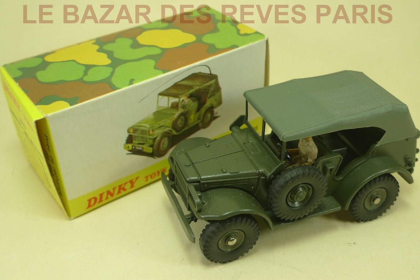 DINKY TOYS FRANCE. DODGE COMMAND CAR. + boite  complet   REF. 810.