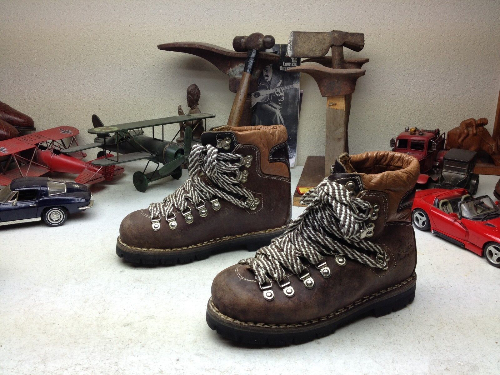 VINTAGE CouleurADO marron LEATHER LACE UP MOUNTAINEER TRAIL BOSS HIKER bottes 4.5 M
