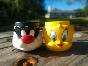 Vintage-Tweety-Bird-and-Sylvester-Mugs