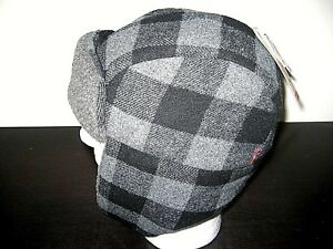 06ae403f85f49 Levi s Sherpa Wool Lined Mens Trapper Hat Black Plaid Size S M NWT ...