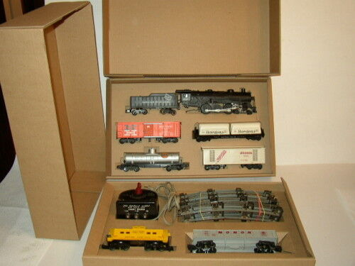 AMERICAN FLYER SET BOX  & INSERTS ONLY  FREIGHT OR PASSENGER CARS NO TRAINS