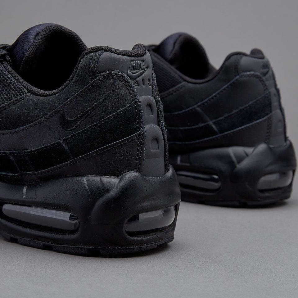 NIKE AIR MAX 95 ESSENTIAL TRAINERS, UK9, TRIPLE TRIPLE TRIPLE schwarz schwarz, 749766009, OG RETRO 5405fd