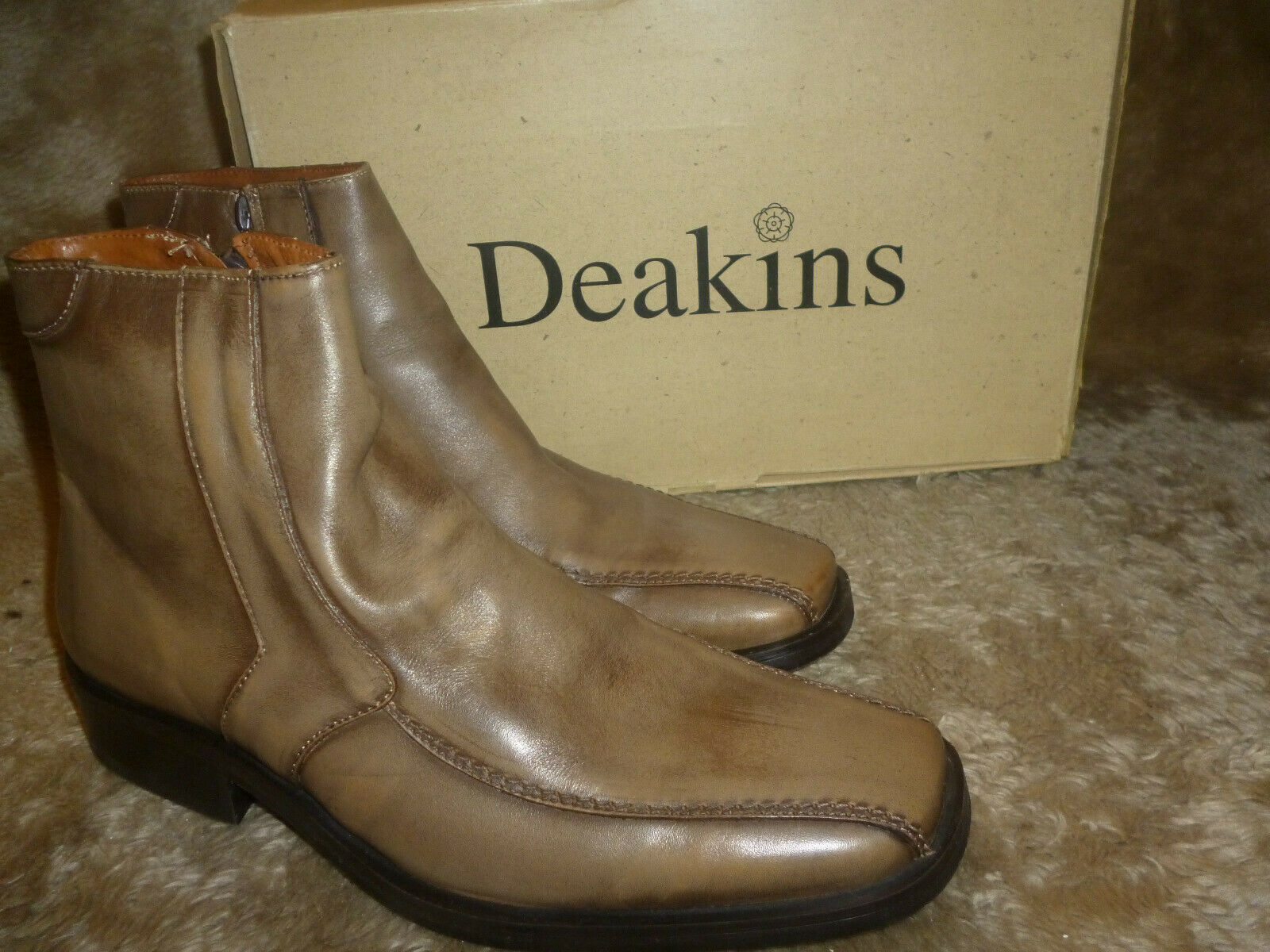 MEN'S SOFT LEATHER BOOTS  DEAKINS  190 EURO