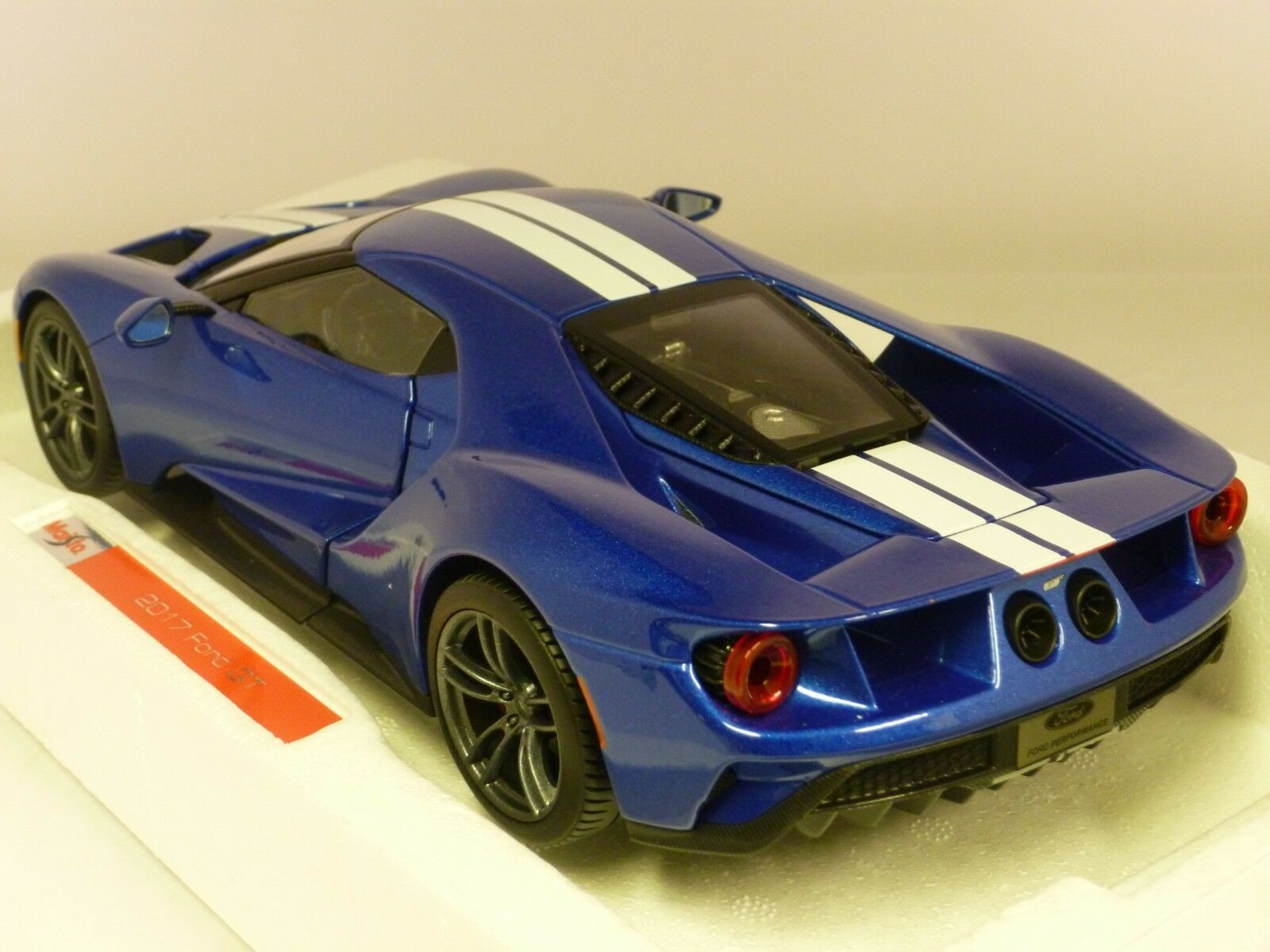 1 18 Maisto Ford Ford Ford Gt bluee 6db46d