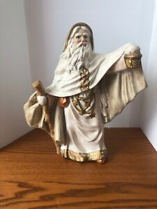 Father-Christmas-Vintage-White-Unmarked-Ceramic-Statue