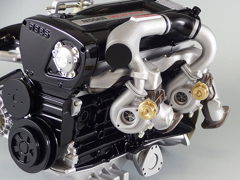 NOSSAN SKYLINE GTR R33 RB26DETT 2.6L TURBO MOTOR 1 6 SCALmodeLL GÖR I japan