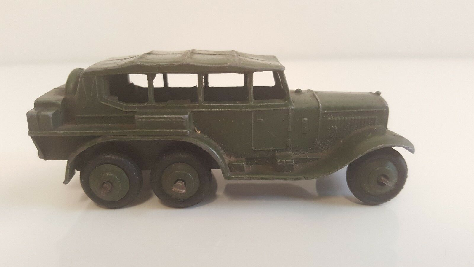 Dinky toys - 152 b 671 us-military reconnaissance car (before war)