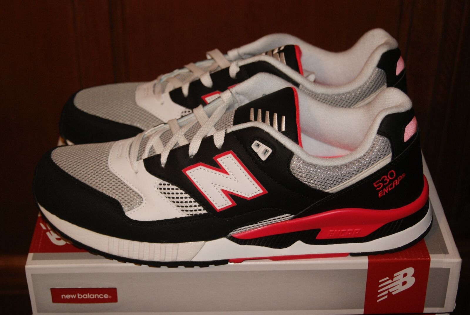 hommes New Balance M530BGM rose gris blanc 10 or 10.5 Run Walk Chaussures