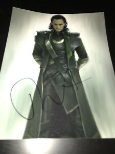 TOM-HIDDLESTON-SIGNED-AUTOGRAPH-8x10-PHOTO-LOKI-AVENGERS-IN-PERSON-ACTION-COA-Z1