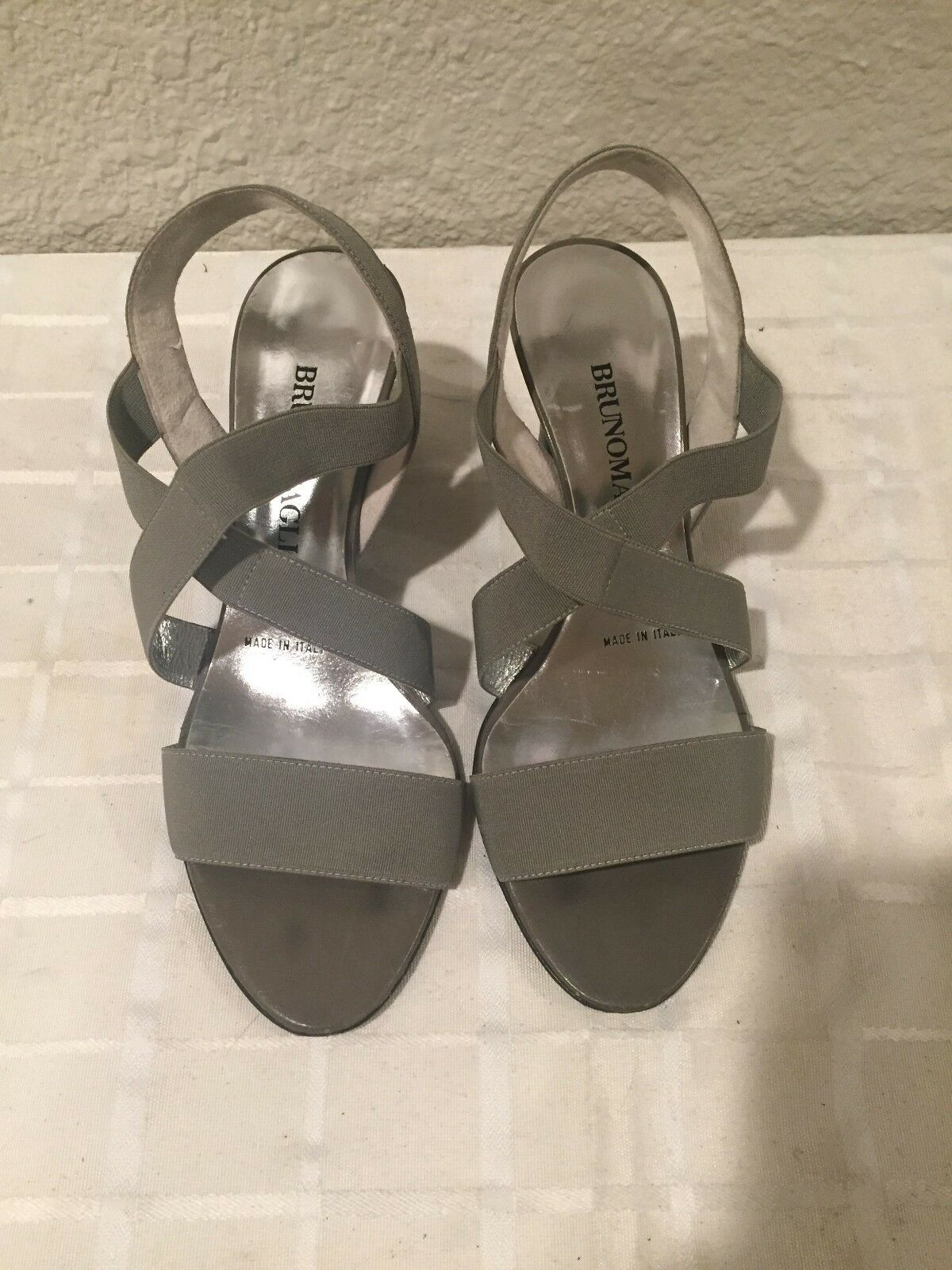 Bruno Magli Silber grau Fabric Sandals Heels 35 EU 5 US Made in