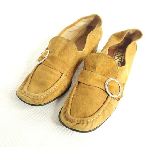 Vintage 60s Latinas Suede Buckle Shoes Beige Tan S