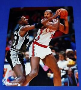 KEN NORMAN AUTOGRAPHED LOS ANGELES CLIPPERS 8 X 10 PHOTO  SAME DAY SHIPPING