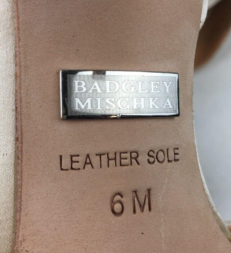 Badgley Badgley Badgley Mischka Pearson D'Orsay Pumps Women's Size 6M, Vanilla Satin 1273 56b126
