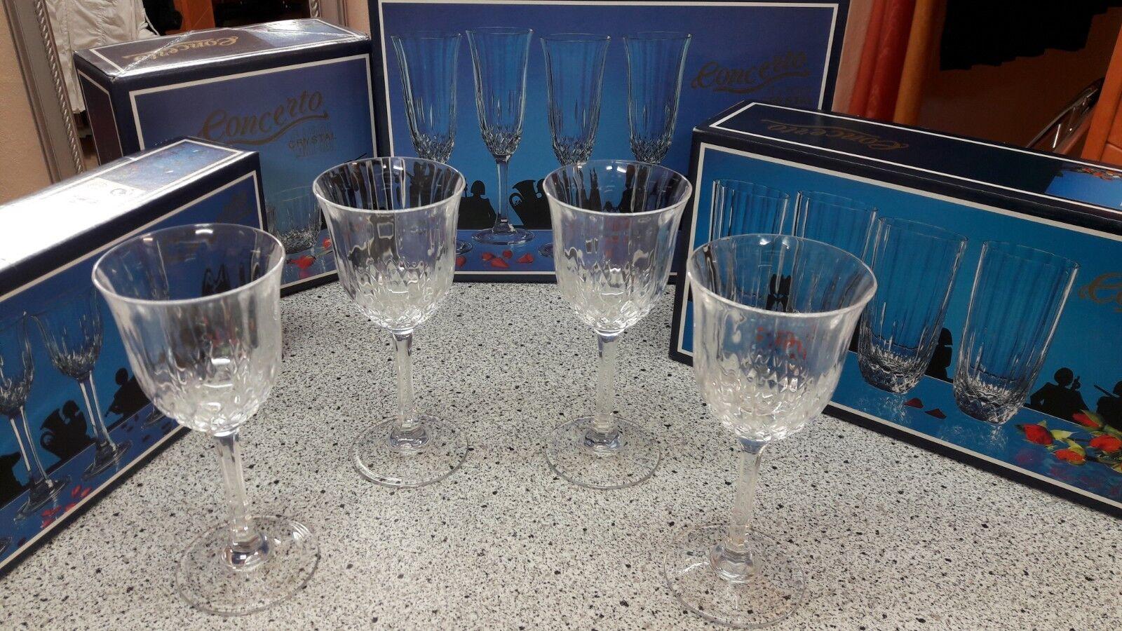 Gläser Set .... Crystal Gläser Serie  Neuwertig     bbc116