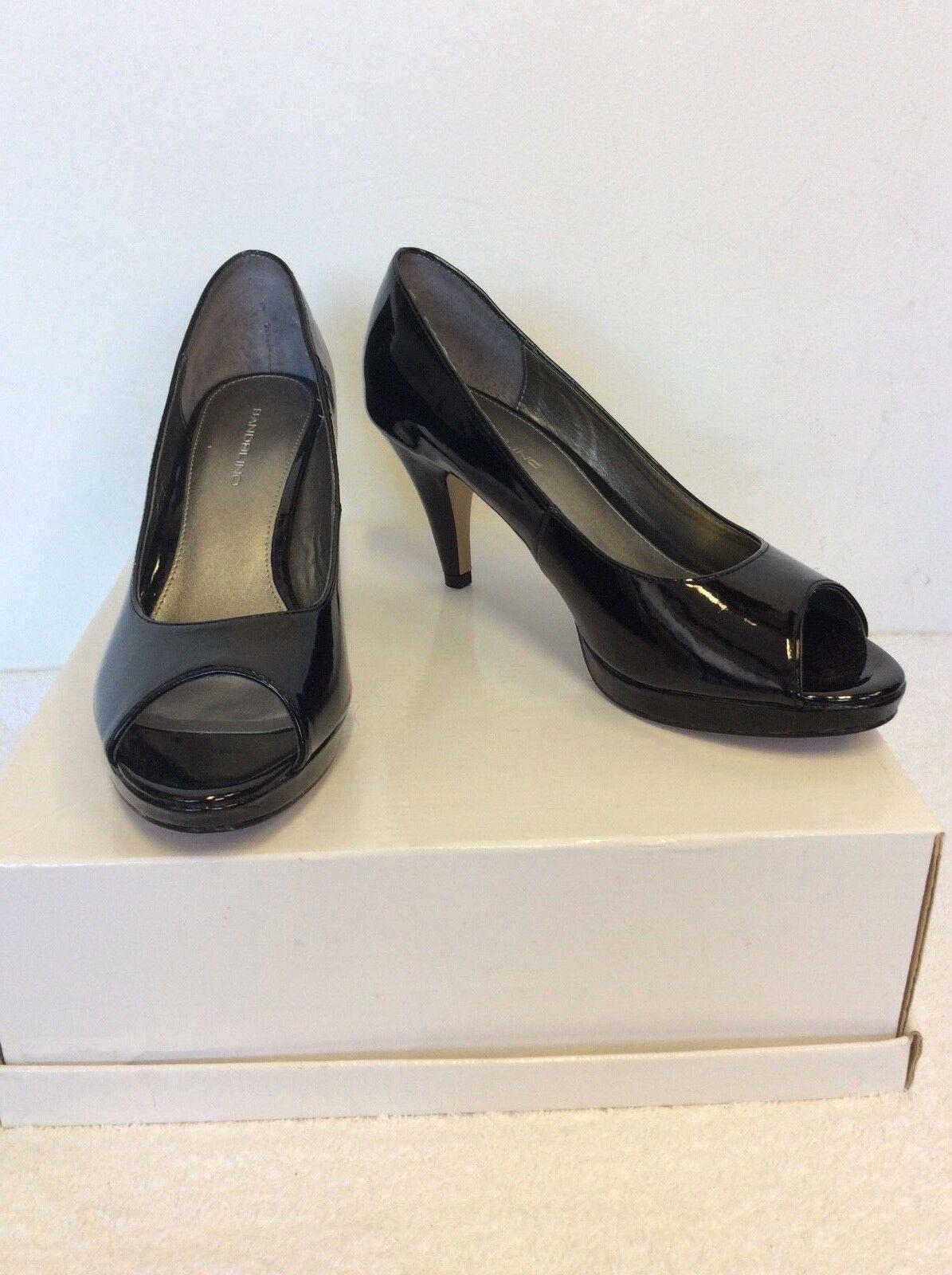 Bandolino Nuovo di vernice Zecca Peeptoe Heels in vernice di nera misura 6/39 6581e3