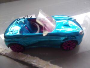 Polly-pocket-blue-car