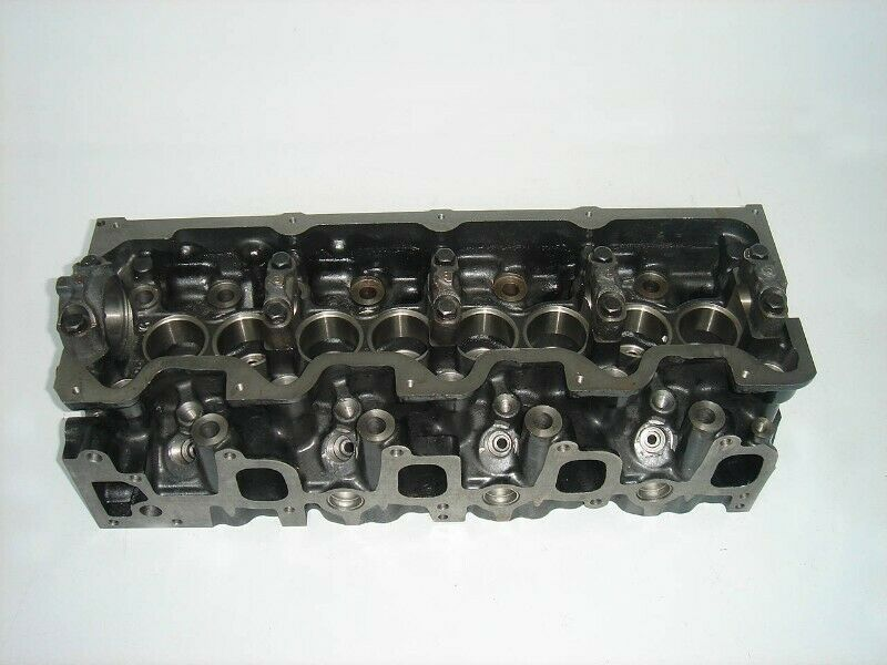 BRAND NEW TOYOTA 2L2 HILUX CYLINDER HEADS