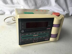 Details about GE General Electric P'Jammer 7-47607WHA AM FM Radio Alarm  Clock Retro 80's