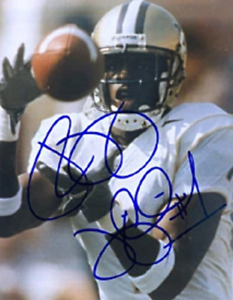 Reggie Williams Autographed / Signed Football 8x10 Photo