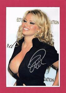 PAMELA ANDERSON Hand Signed Autographed 8x10 Photo w/COA