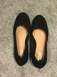 Women-black-belly-shoes-size-US7