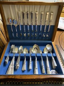 Oneida-Community-Morning-Star-1948-Silver-Plate-78-Pieces-Flatware-Set