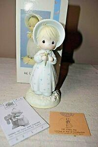 Precious-Moments-He-Loves-Me-1990-Porcelain-Figure-w-Box-524263-Flower-Petal