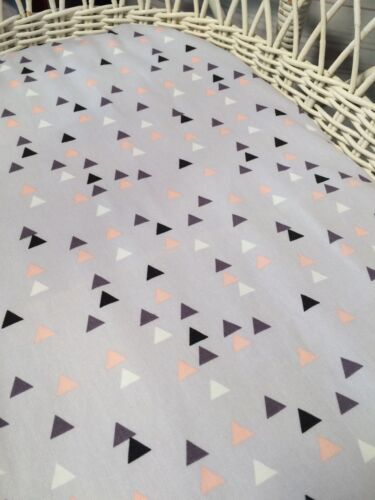 Stokke Sleepi Boori fitted sheet feathers Moses Bassinet lilac grey gold