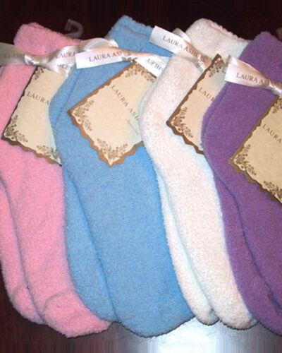 Laura Ashley Women/'s Warm Fuzzy Slipper Socks Purple NWT