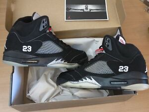 NIKE-AIR-JORDAN-5-V-RETRO-BLACK-METALLIC-SILVER-2006-SIZE-10-44-NEW-MINT-RAR