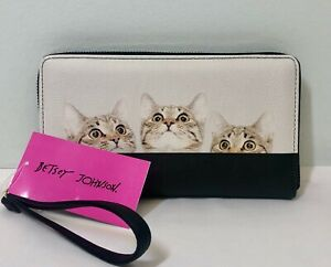 New-BETSEY-JOHNSON-Zip-Around-Wallet-Wristlet-Black-White-Kitty-Cats-Clutch-NWT