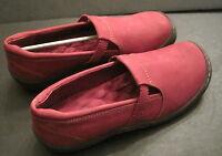 Soft Walk Venezia Red Suede 7.5 M Women's Slip On Loafer