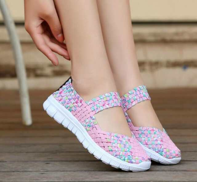 Women Woven Shoes Slip On Elastic Flat Shoes Summer Breathable Casual Sandal