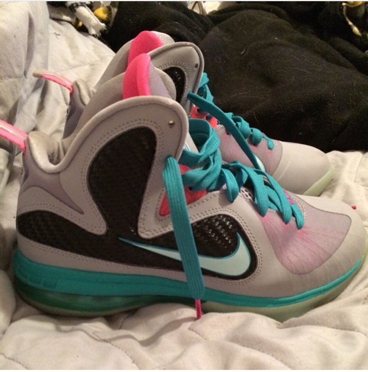 Mens South Beaches Size 6