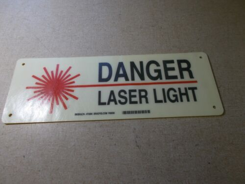 "NEW Brady 74886 Danger Laser Light Safety Sign 5/"" x 14/"" *FREE SHIPPING*"