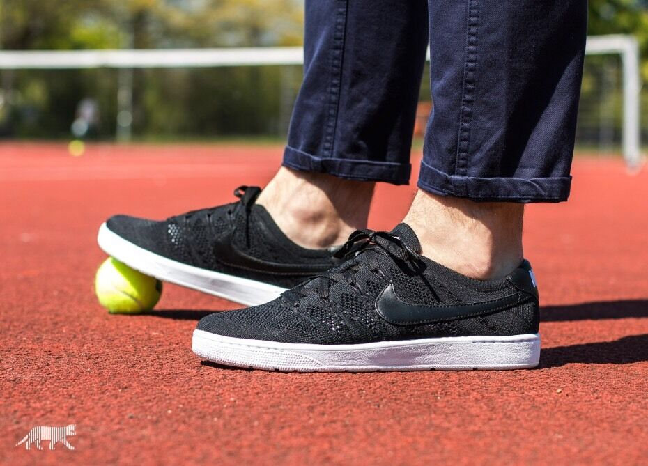 Men's Nike Tennis Classic Ultra Flyknit Black White UK Size 11