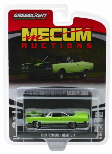 1969 Plymouth HEMI GTX  Green//Black *** Greenlight Mecum Auctions 1:64 OVP